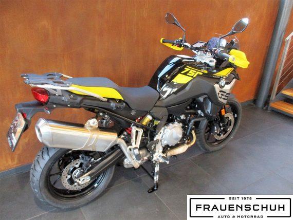 490581_1406487051359_slide bei Honda Frauenschuh Salzburg & Köstendorf / Auto & Motorrad in