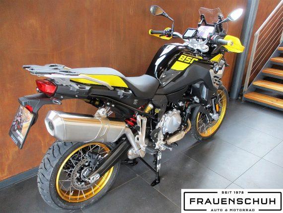 490588_1406487115274_slide bei Honda Frauenschuh Salzburg & Köstendorf / Auto & Motorrad in
