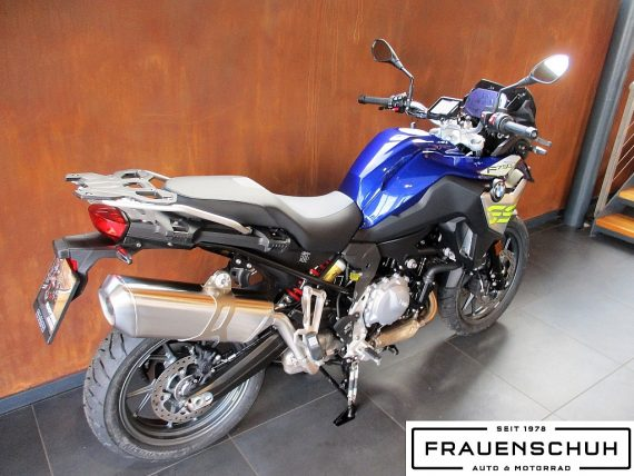 491198_1406489089009_slide bei Honda Frauenschuh Salzburg & Köstendorf / Auto & Motorrad in