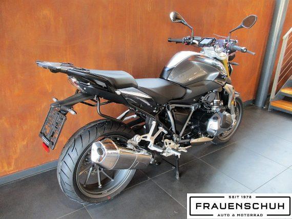 491838_1406487024959_slide bei Honda Frauenschuh Salzburg & Köstendorf / Auto & Motorrad in
