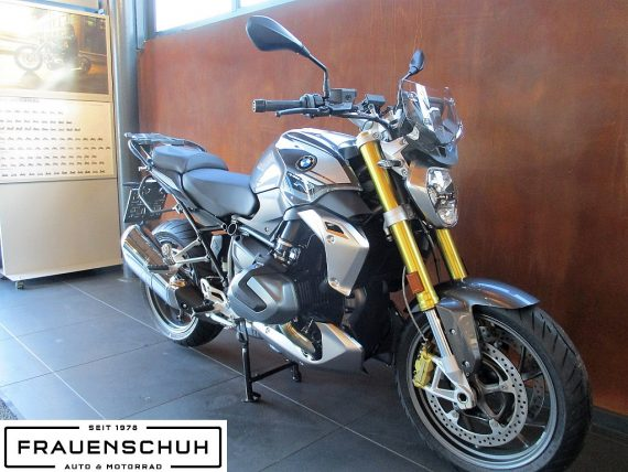 491838_1406487025336_slide bei Honda Frauenschuh Salzburg & Köstendorf / Auto & Motorrad in