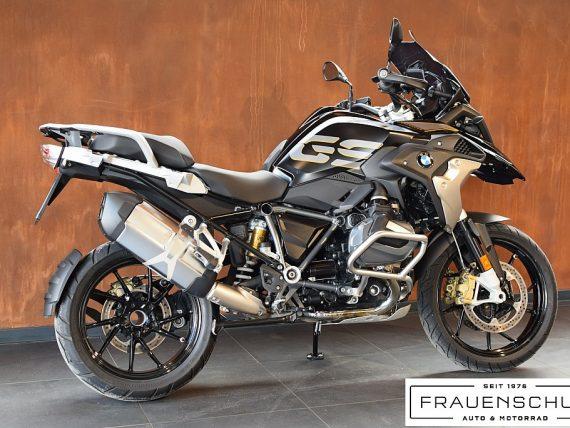 492106_1406494817661_slide bei Honda Frauenschuh Salzburg & Köstendorf / Auto & Motorrad in