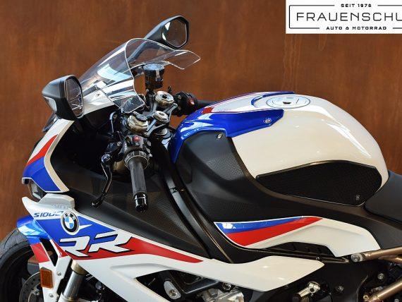 492143_1406493803847_slide bei Honda Frauenschuh Salzburg & Köstendorf / Auto & Motorrad in