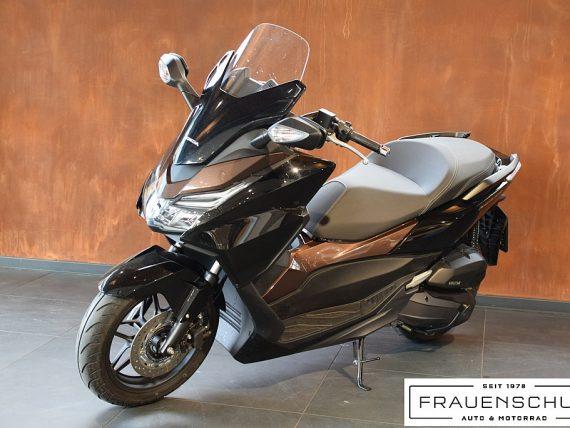 492179_1406493811078_slide bei Honda Frauenschuh Salzburg & Köstendorf / Auto & Motorrad in